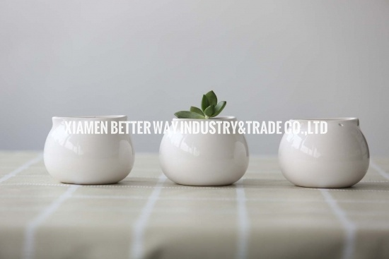 White Ceramic Spoon Pots