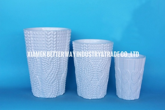 White ceramic planter pots