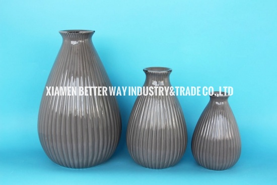 Gray Ceramic Textured  Small Bottle Mouth Table Vase