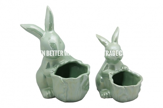 supplies ceramic planter